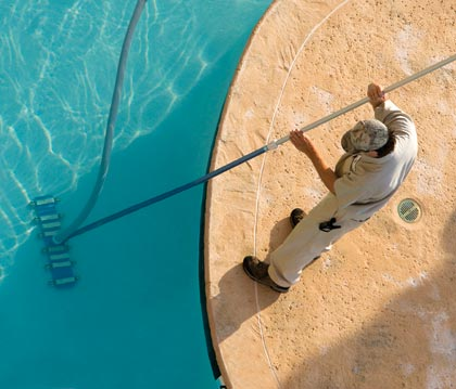 POOL_CLEANING_LRG-EDIT