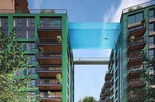 διάφανη πισίνα