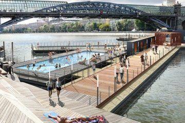 Σουπρεματική πισίνα επιπλέει σε ποτάμι της Μόσχας