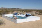 Δημόσια πισίνα στην έρημο Μοχάβε